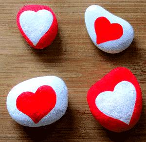 Arty Crafty Kids - Love rocks fingerprint heart keepsake