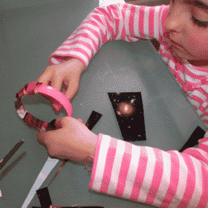 Arty Crafty Kids -Craft - Upcycled Magazine Bangle