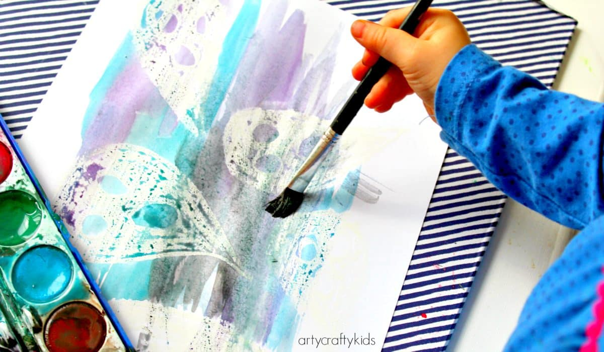 Arty Crafty Kids - Art - Halloween Crafts for Kids - Ghost Reveal Watercolour Resist Kids Ghost Art Project - can all the ghosts be found?