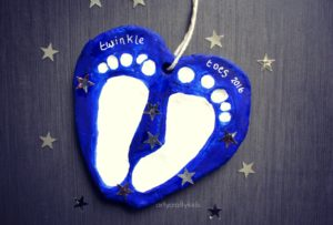 Arty Crafty Kids - Craft - Baby Footprint Keepsake - Clay Footprint Keepsake Craft
