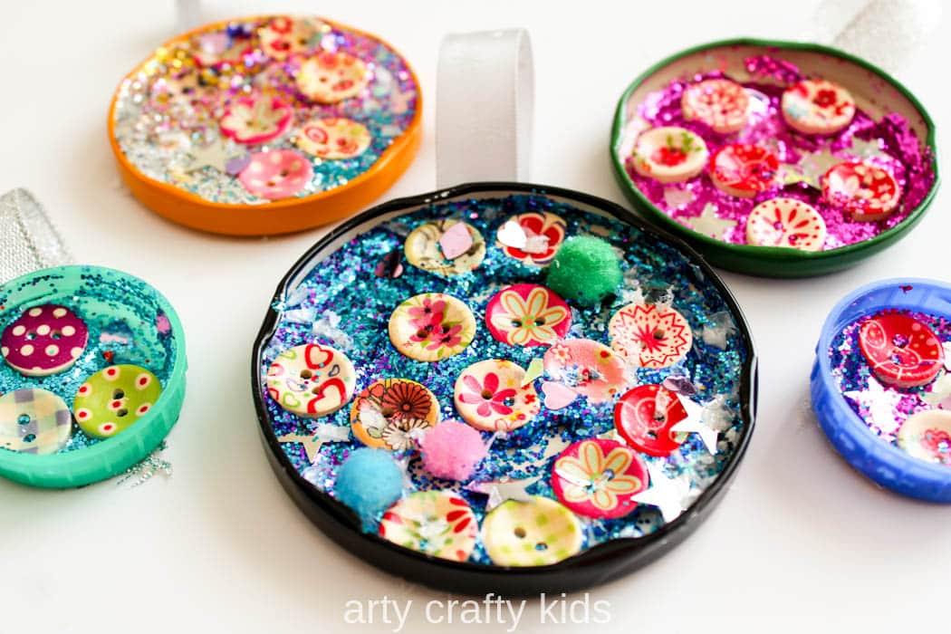 Jar Lid Baubles Easy Christmas Craft for Kids Arty