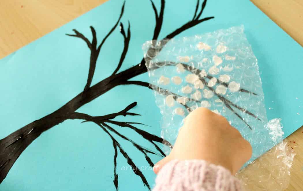Winter Bubble Wrap Tree Kids Craft Arty Crafty Kids