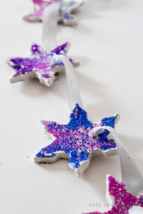 Arty Crafty Kids - Christmas - Glittery Clay Christmas Ornaments - These sweet Glittery Clay Christmas Ornaments is an easy Christmas Craft for kids to make and are perfect for adding a little sparkle to the Christmas Tree.