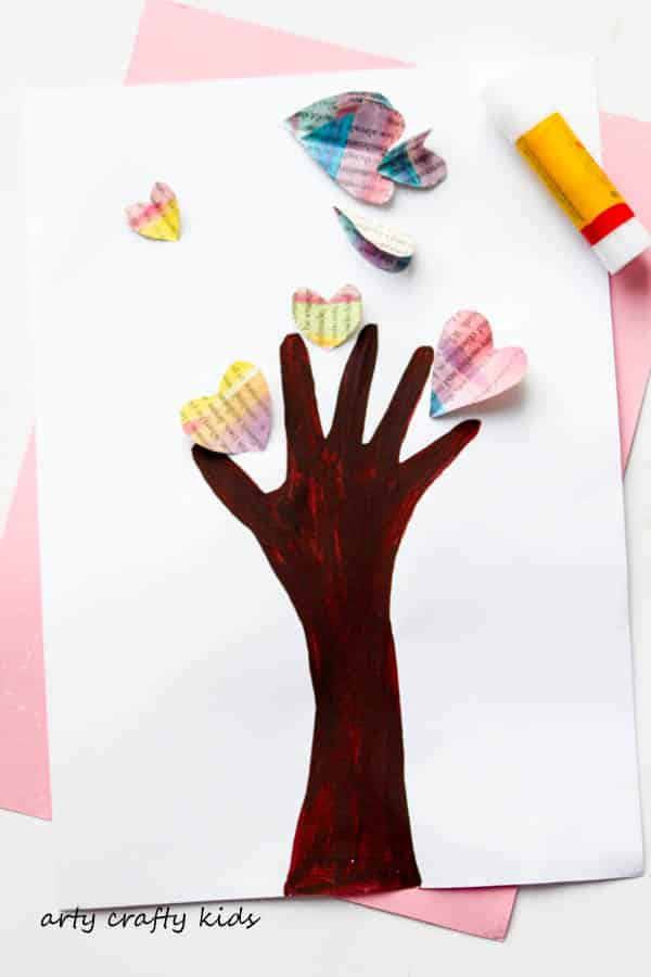 Arty Crafty Kids - Art - Valentines - Handprint Heart Valentine Tree