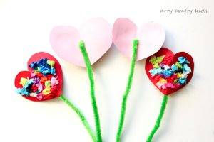 Arty Crafty Kids | Valentines | Craft Ideas for Kids | Toddler Valentines Heart Bouquet | The perfect Valentines craft for toddlers and preschoolers!