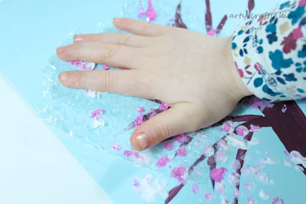 Arty Crafty Kids   Art   Spring Crafts for Kids   Bubble Wrap Spring Blossom Tree