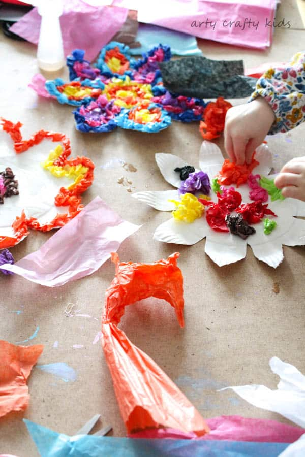 Arty Crafty Kids | Craft |Colourful Spring Paper Plate Flower Craft | A fun and simple Spring craft for kids. Toddlers and preschoolers will love the process of tearing, scrunching and sticking to make pretty paper plate flowers.