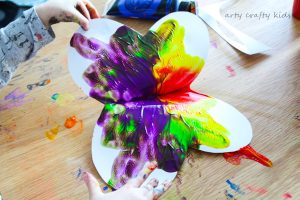 Arty Crafty Kids   Art   Easy Butterfly Kids Art