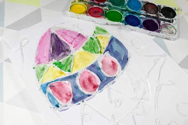 Arty Crafty Kids   Easter   Glue Resist & Watercolour Easter Egg   A colourful and fun Easter themed art projects for kids!
