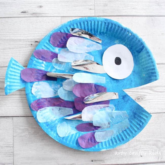 Paper Plate Rainbow Fish Craft - Arty Crafty Kids