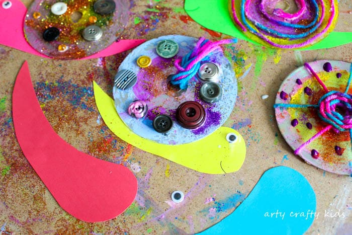 Arty Crafty Kids | Craft | Easy CD Snail Craft | A super fun and funky snail craft for kids!