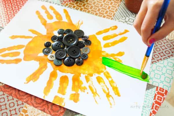 Easy Handprint Sunflower Craft