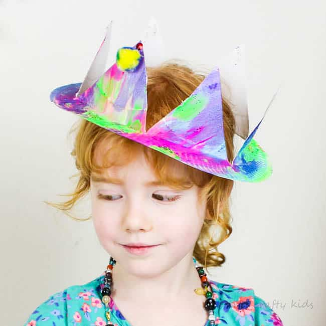 25691982f5153 Easy Paper Plate Party Hats