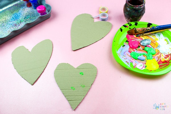 Arty Crafty Kids | Crafts for Kids | Recycled Cardboard Heart Decorations - A process led heart project for kids using recycled cardboard #hearts #kidscrafts #easycraftsforkids