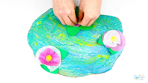 Arty Crafty Kids | Art for Kids | Claude Monet Water Lilies Art Project for Kids #famousartists #kidsart #artforkids #monetforkids