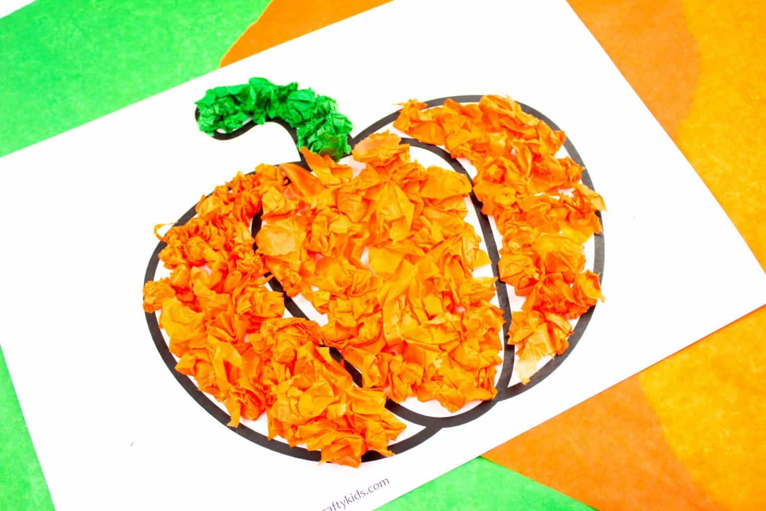 Arty Crafty Kids - Tissue Paper Pumpkin Craft for kids. A sweet Autumn or Halloween craft that's great for developing fine motor skills! #pumpkin #preschool #preschoolcraft #easykidscraft #craftsforkids #finemotor