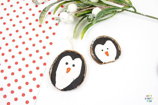Arty Crafty Kids | How to Make Wood Slice Christmas Ornaments - An easy Christmas Ornament for kids to make. Follow our tutorial to create a Santa Claus, Snowman and Penguin Ornaments #kidscrafts #christmascrafts #kids #christma