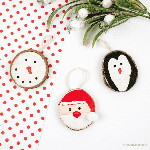 Arty Crafty Kids | How to Make Wood Slice Christmas Ornaments - An easy Christmas Ornament for kids to make. Follow our tutorial to create a Santa Claus, Snowman and Penguin Ornaments #kidscrafts #christmascrafts #kids #christmas