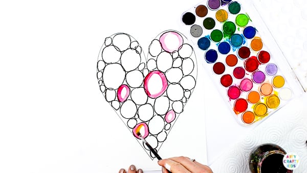 Arty Crafty Kids | Kandinsky Heart Art Project - a simple art idea for kids that explores colour-mixing and encourages children to play with colour combinations. #artycraftykids