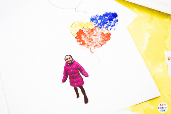 Arty Crafty Kids | Printable Valentines Heart Card - Inspired by Banksy's girl with the Balloon, this cute printable card can be personalised with your Arty Crafty Kids fingerprints and picture to make an adorable card for Valentine's Day, Mother's Day or even Father's Day #kidsart #valentines #printable #template #kids #kidscrafts