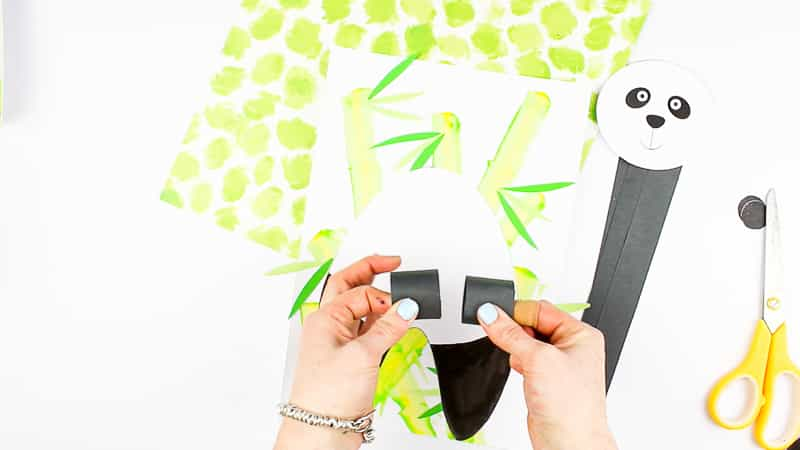 Arty Crafty Kids | 3D Panda Craft for Kids to make. Download the printable panda template to get started!