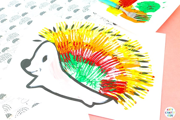 Fork Painted Hedgehog Art Project for Kids - A fun and easy fall craft for kids that explores painting with a fork.