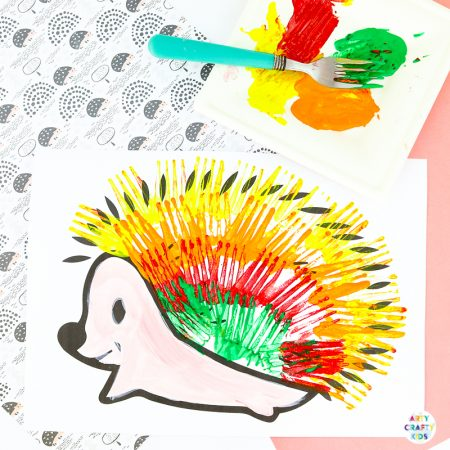 Arty Crafty Kids | Fork Painted Hedgehog Art Project