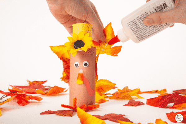 Arty Crafty Kids | Toilet Paper Roll Turkey Craft for Kids