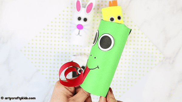 How to Make a Paper Roll Frog  - A fun and super easy spring craft for kids.