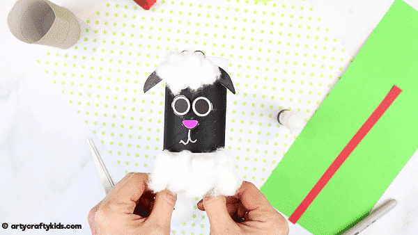How to Make a Paper Roll Lamb  - A fun and super easy spring craft for kids.