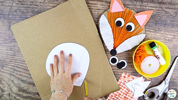 Cut out the Fox Elements and trace the shapes onto cardboard.