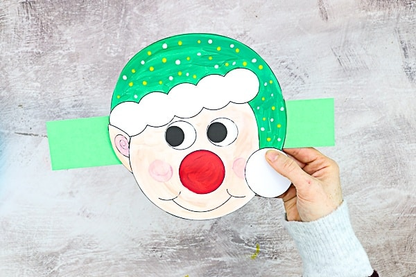 Moving Eyes Elf Craft: A engaging paper craft that's fun to make and super fun to play with! Perfect for pre-schoolers and school early years, the craft is nice and easy, meaning children can enjoy it with minimal supervision, and all they need to make it is some card and crayons.