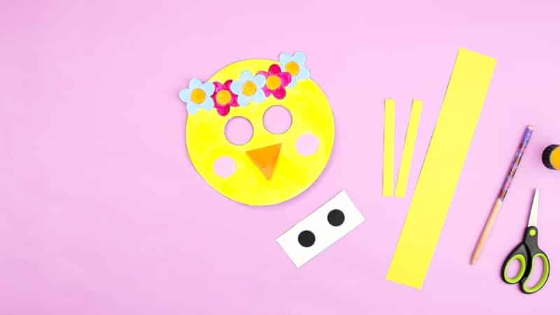 Cut out all the elements of the moving eyes Spring chick.