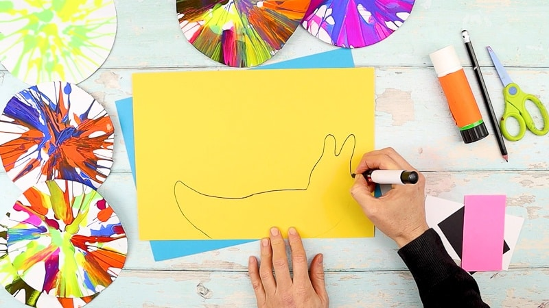 Draw the snail shape or use our snail template from the Arty Crafty Kids members area.
