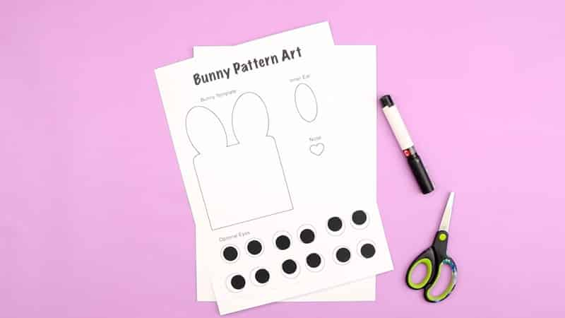 Pattern Bunny Art: Get ready to hop into spring with this gorgeous bunny art! Our pattern bunny art is so simple - all kids need to do is draw around the template and repeat! - meaning even the youngest kids can have a go at creating their own masterpiece. But it's also so effective! Children are encouraged to get really creative and explore color and shade, texture and shape, pattern and technique; and that burst of color and varying decoration creates a wonderful contrast with the clean repeating bunny pattern.