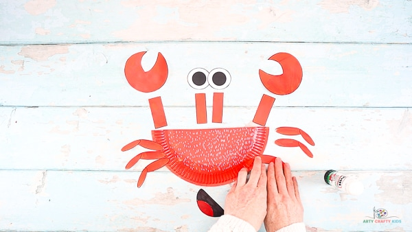 Add Legs to the Crabs Body.