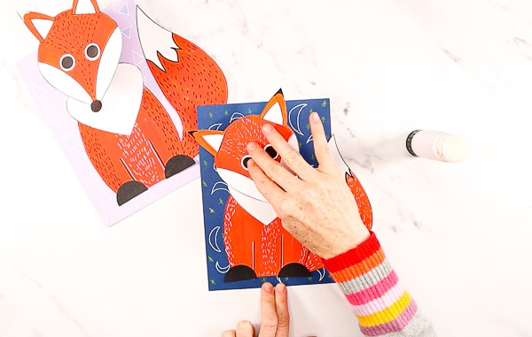 Make a 3D Paper Fox Craft with the kids this fall. A fun and easy fox craft with added dimension and movement to make the fox pop from the page!