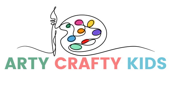 Arty Crafty Kids Logo